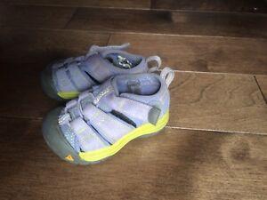 Sandales keen bebe