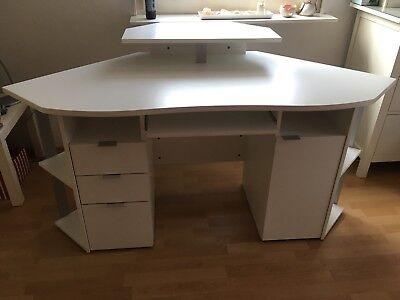 Eck-computer-schreibtisch (Eck-Computerschreibtisch von Möbel Höffner in weiß)