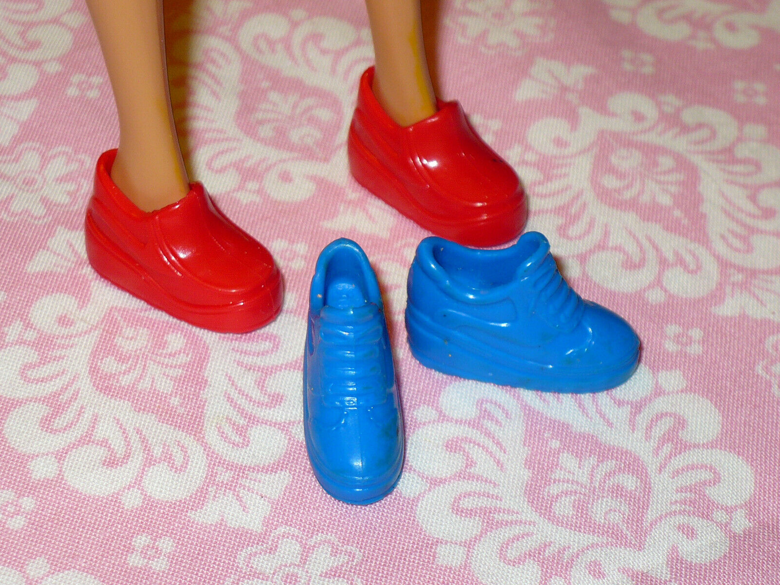 Mattel Barbie Doll Shoes FASHIONISTAS GENERATION GIRL 2 Prs SNEAKERS Loafer - $11.99