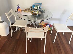 Glass top dining table Ipswich Ipswich City Preview