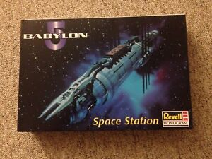 Revell Babylon 5 space station model kit NEW sealed