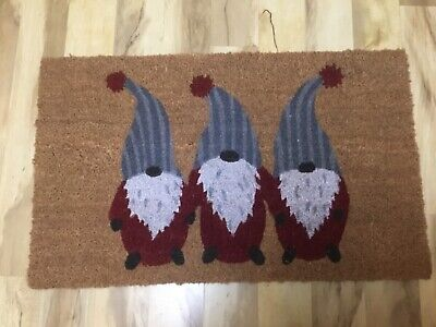 NWT Pottery Barn Gnome Christmas Door Mat Coir Red Holiday-new