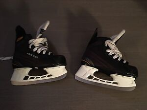 Boys / girls junior skates / patins noir
