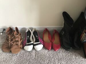 LOT 4 pairs of shoes