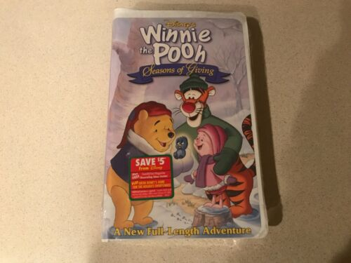 Winnie the Pooh: Seasons of Giving (VHS, 1999, Clamshell)