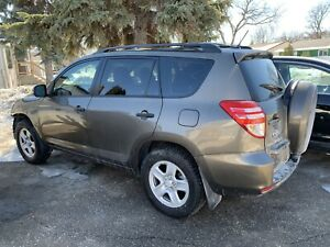 2010 Toyota RAV4 only 69,000 km new safety