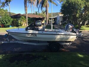 Caribbean Bertram with Yamaha 115 only 60hrs St Huberts Island Gosford Area Preview