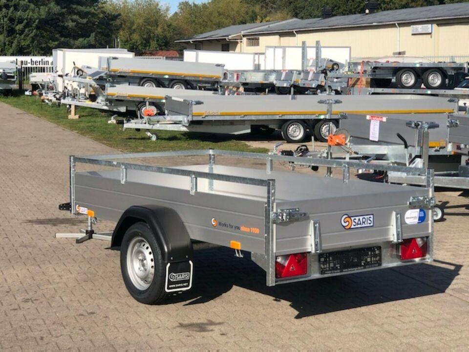 ⭐Anhänger Saris McAlu Pro DV75 750 kg 255x133x43 cm Reling NEU in Schöneiche bei Berlin