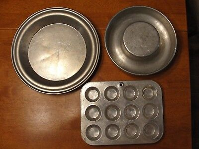 Lot of 3 Vintage Aluminum Wear Ever Ring Mold Bundt Pan Mirro Muffin & Pie Plate