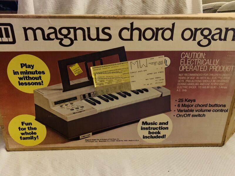 Vintage Mid Century Magnus Major Electric Chord Organ Model 7000