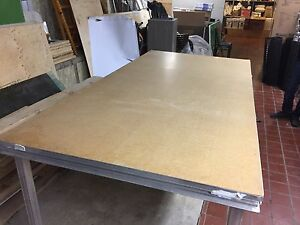 Aluminum table wood top
