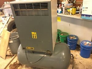 Copco oil-less air compressor
