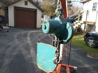 1 Ton Yale Midget King Electric Chain Hoist 240 Volt 3 Phase Budgit Made Usa