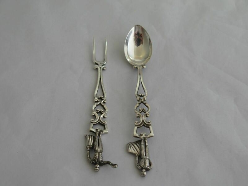 Vintage Spain .915 Silver 2 Piece Condiment Set with Bullfighters FI-19
