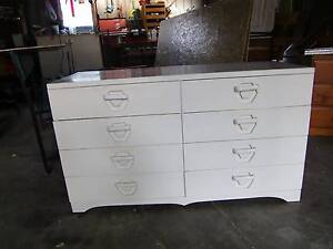 CHEST OF EIGHT DRAWERS Heidelberg Banyule Area Preview