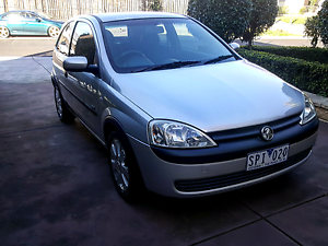 HOLDEN BARINA SXI *REGO* *LOW KMS* *MANUAL* Tullamarine Hume Area Preview