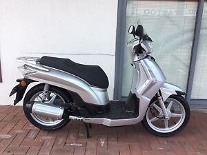 SECOND hand scooter Kymco P 200 *USED* Victoria Park Victoria Park Area Preview
