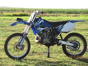 Yz250 TWO STROKE!!! ***$2600*** Meadowvale Bundaberg Surrounds Preview