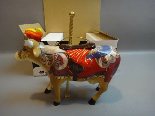 """WESTLAND Cow Parade Figurine """" LADY CAMOOLOT """"  MINT IN BOX ~RETIRED"""