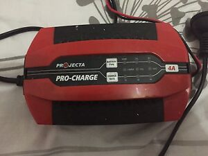 Projecta battery charger Campbelltown Campbelltown Area Preview
