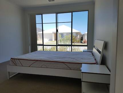 ONE BED SELF CONTAINED ANNEX EGLINTON. Large ensuite room, rental