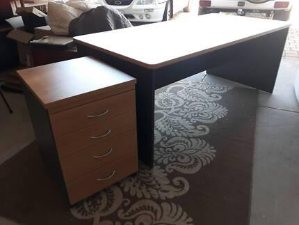 Credenza For Sale Perth : Desk and credenza executive desks gumtree australia vincent