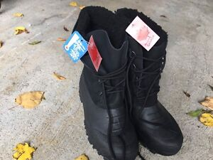 Brand new with tags Winter Snow Boots