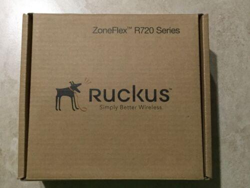 RUCKUS WIRELESS 901-R720-US00 ZONEFLEX R720 DUAL-BAND 802.11 A/B/G/N/AC