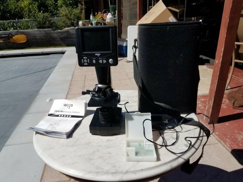Aigo EV5610 Digital Microscope, case, and slides
