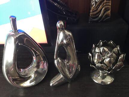 Silver Decorative Set