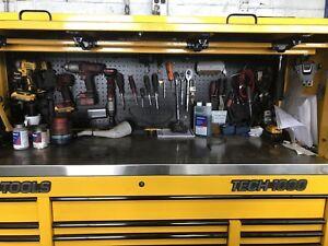 Mac tool box with tools
