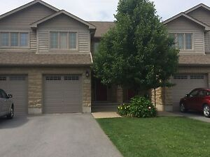 WEST END TOWN HOME w/LAWNCARE INCLUDED! 644 Millwood Dr