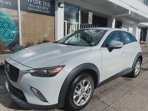 2018 Mazda CX3-GS PEARL WHITE  ONLY 14600 KM!!