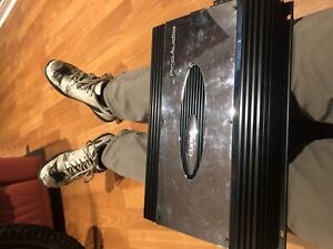 Clarion APX640.4 amplifier