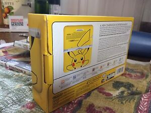 Nintendo 3DS Limited edition YELLOW PIKACHU