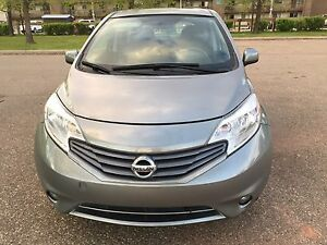 VERY CLEAN 2014 Nissan Versa Note SL hatchback