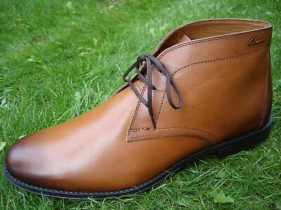 Tan Premium Chukka (Clarks Hawkley Rise ORTHOLITE Premium Tan Leather Chukka Boot MEN UK-12  47  G)