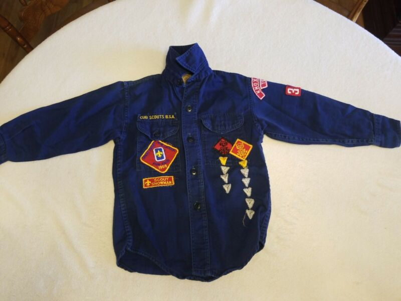 Vintage Boy Scouts America BSA Boys Shirt Patches Knoxville 3450 size 8?