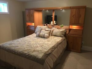 Bed and wall unit combination