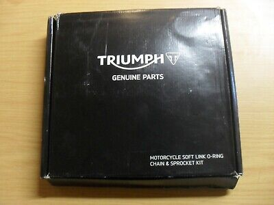 GENUINE TRIUMPH BONNEVILLE BOBBER SPEEDMASTER CHAIN AND SPROCKET KIT T