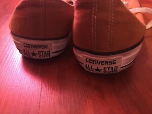 Low cut All Star Converse (size 9)
