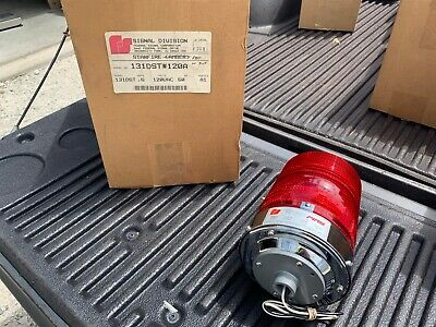 One Federal Signal 131dst Red Star Fire Series A1 Warning Strobe Beacon No Bulb
