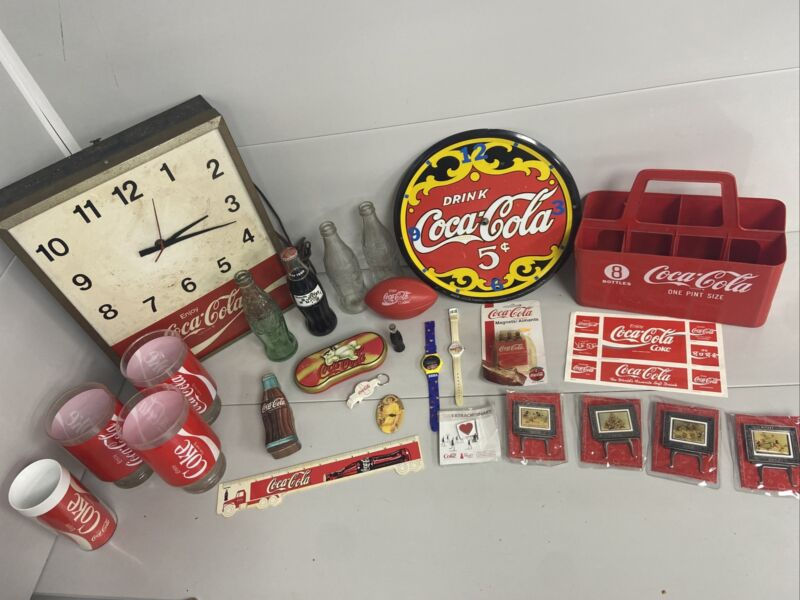 Vintage Coca-Cola collection Lot Of 26 Items A19