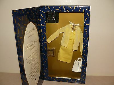 Franklin Mint Forever Love Collection Spring Planning Ensemble 15-16 Vinyl Doll