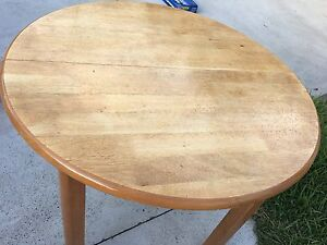 Round/Oval Extendable Dining Table Hornsby Hornsby Area Preview