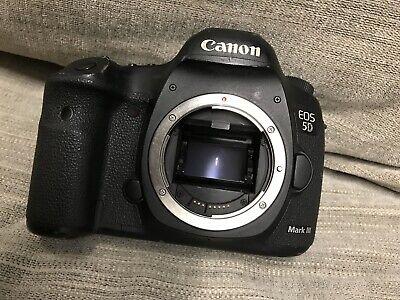 Canon EOS 5D Mark III - Digital SLR Camera - Black (Body Only)