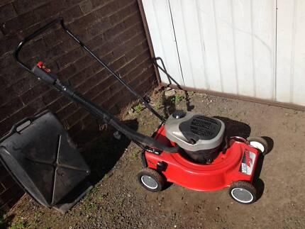 Victa Sports mower mulch or catch. Just serviced + Warranty