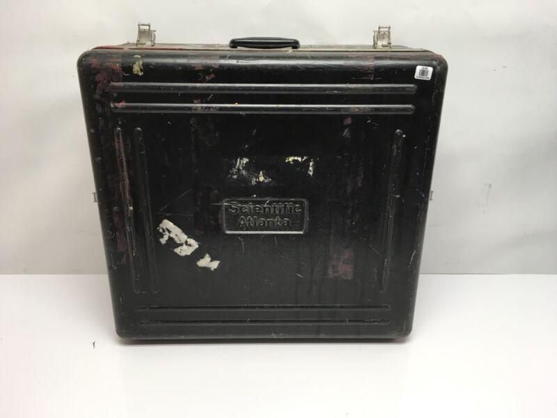 "Rugged Fiberglass 22-1/2"" x 20-3/4"" x 5-1/2"" Equipment Carrying Case"