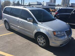 2008 Chrysler Town and County