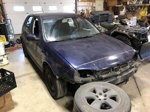 2001 VW Golf 2.0 - parts only